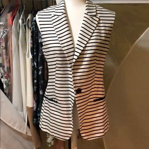 Express black and white striped sleeveless blazer
